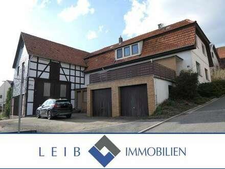 Bauernhaus mit großer Scheune in Meeder - Ottowind