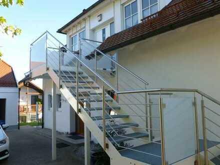 Geräumige, vollständig renovierte 3-Zimmer-Wohnung mit gehobener Innenausstattung in Dinkelscherben