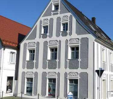 stilvolles Stadthaus in Kemnath mit Garage/Carport