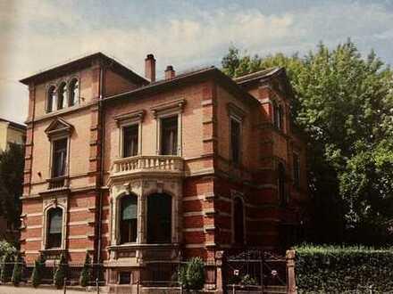 Stilvolle voll möbliert 4-Zimmer-EG-Wohnung mit Balkon und Garten in Heidelberg Weststadt