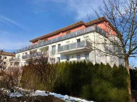Gepflegte 4-Zimmer-Wohnung mit Sonnenbalkon in ruhiger Lage, nähe Schulzentrum in Pfaffenhofen