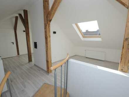 Erstbezug nach Sanierung: stilvolle 3-Zimmer-Maisonette-Wohnung mit EBK in Nürnberg