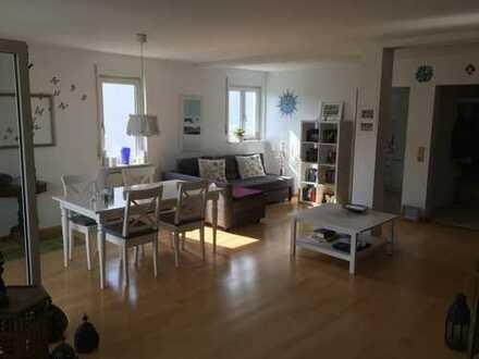 1.100 €, 92 m², 3 Zimmer