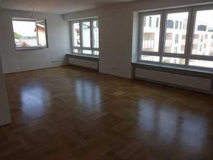 3,5 Zimmer Wohnung in Lappersdorf mit Südbalkon und hochwertiger Ausgestattung, in ruhigem 2-Fami...