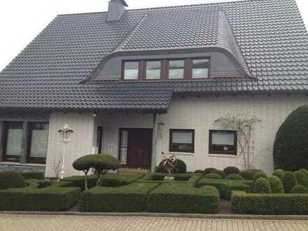 Sehr schöne, geräumige zwei Zimmer Wohnung + KDB in Dortmund Lücklemberg