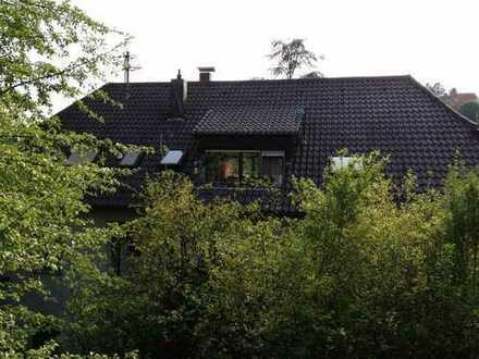 Herrliche Wohnlage: Ruhig im Grünen und dabei nur 5 Gehminuten zum Marktplatz - großer Garten