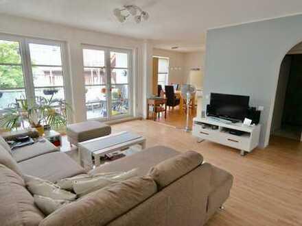 Wunderschöne 3-Zimmer-Innenstadt-Wohnung in Eschborn!