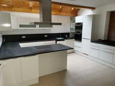 389000 € Privatverkauf, 135 m² + Terrasse, 4,5 Zimmer inkl. hochwertiger Küche, prov.frei bezugsfrei