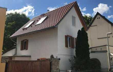 Kleines individuelles Haus mit 3,5 Zimmern in der Mainzer Oberstadt