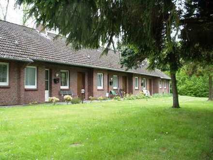 Kleine, günstige Wohnung in einem Reihenhaus in Zetel-Neuenburg