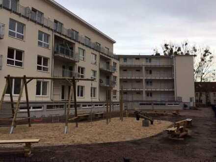 Wunderschöne Einraumwohnung, mit Balkon und EBK in Teltow