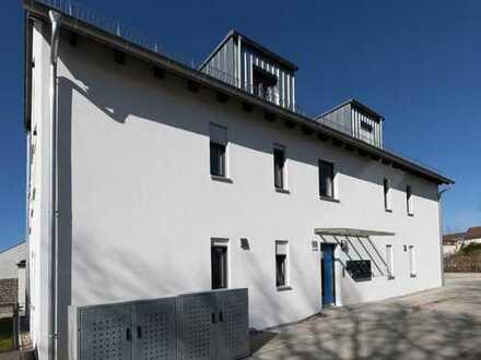 Helle 2-Zimmer-Wohnung mit großem Balkon