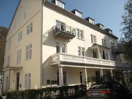 Wunderschöne 3-Zimmer-Wohnung mit 2 Balkonen und Kaminofen