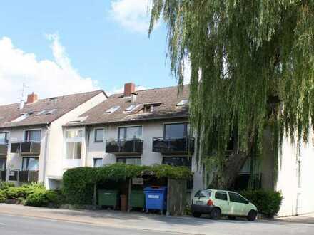 Helle Single-Wohnung mit Balkon // App. 13