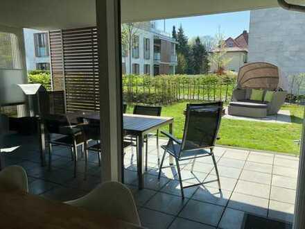 Hochwertige, moderne und exklusive 3-Zimmer Wohnung mit Terrasse, Garten, Einbauküche & Tiefgarage