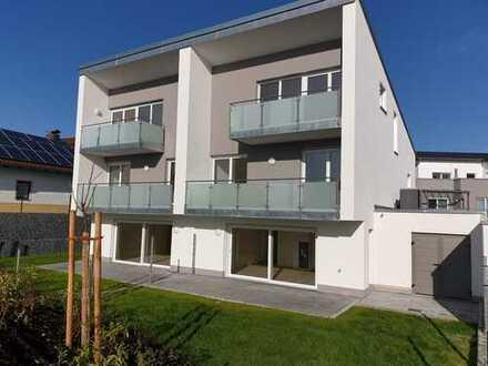 Moderne großzügige Doppelhaushälfte in Mitterfels