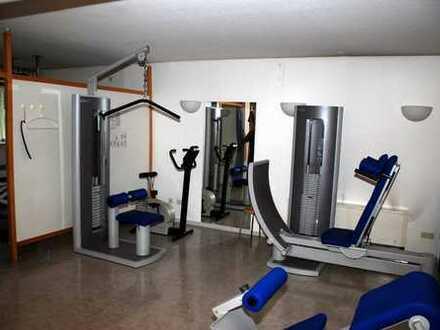 Großzügige Praxis- bzw. Büroräume im Souterrain - 183m² - eigener Eingang