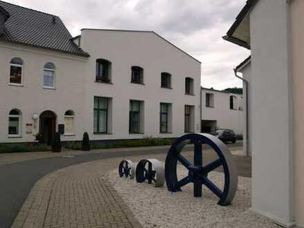 Modernes offenes Wohnen im Industriedenkmal mit Traum-Dachterrasse