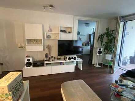 Moderne 3 Zimmer Wohnung, teilmöbliert mit Südwestbalkon und EBK in Findorff