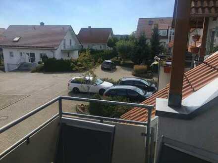 Provisionsfrei! Nutzfläche 90qm! Dachgeschosswohnung 69,03 plus 20 qm schöner Grundriss