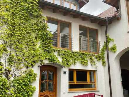 Ober-Ingelheim: Große Wohnung über drei Etagen