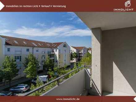 ***Bezugsfrei - Moderne, helle 3-Zimmer Wohnung - Balkon, Einbauküche, Lift und TG-Platz!***