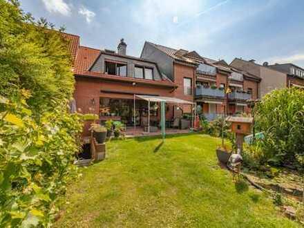Gepflegtes Einfamilienhaus mit Doppelgarage in Duisburg-Huckingen zu verkaufen!!