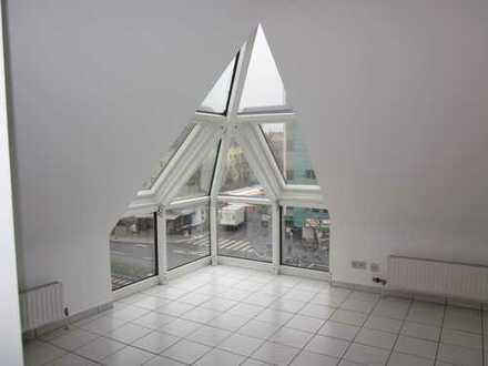 Loftartige 2-Zimmer-Traumwohnung mit Balkon u. TGstellplatz