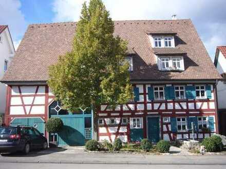 3,5-Zimmer-Maisonette-Dachgeschosswohnung im denkmalgeschützten Fachwerk-Bauernhaus in Albstadt