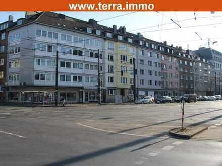 Provisionsfrei! Vermietbare Fläche 1.036 m²! Wohn- und Geschäftshaus in zentraler Lage!
