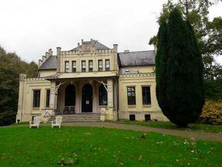 Charmante 1-Zimmer-Wohnung im Rittergut!