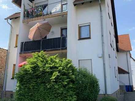 Helle 3-Zimmer-Wohnung mit Balkon und EBK in Ellerstadt