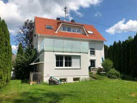 Westheim: Hochwertige, helle 3 ZKB-Wohnung mit großem Garten nahe dem Zentralklinikum