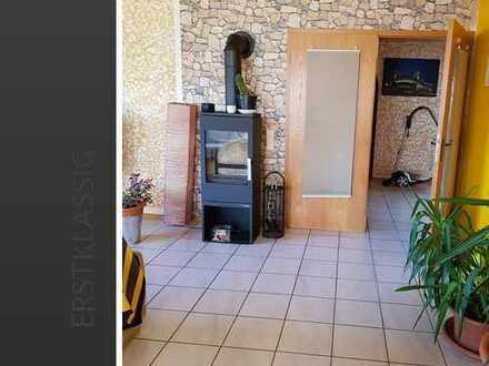 Großzügige 2 Zimmerwohnung mit Terrasse, Gartenanteil + Garage ab 01. Juni 2019!