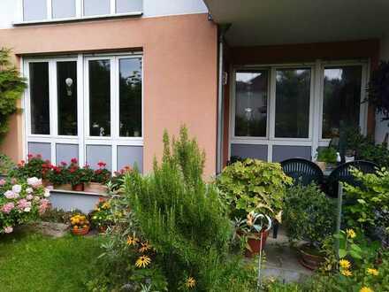 Stilvolle, gepflegte 3-Zimmer-Terrassenwohnung mit Balkon in Schöneiche bei Berlin