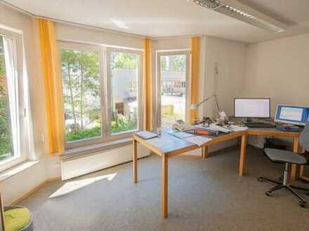 Büroflächen mit schönem Innenhof zu vermieten