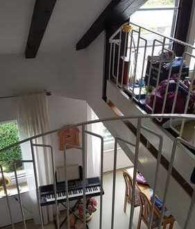 Neuwertige 3-Zimmer-Maisonette-Wohnung mit Balkon in Neuss