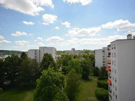 Helle 3 Zimmer- Wohnung, 100 Meter zum Oberen See in Böblingen