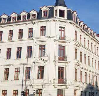 helle 2-Raum-Wohnung in Stötteritz *französischer Balkon*wahlweise mit EBK*Parkett*Stuck*