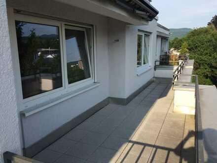 Balingen, 3-Zimmer-Dachgeschosswohnung mit Terrasse in Top-Lage