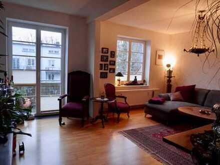 Großzügige, helle 3-Zimmer-Wohnung mit BLK und EBK in Hannover/List