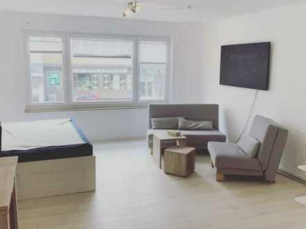***Am Stadewäldchen-Teilmöbiliert -Gepflegte Wohnung, EBK, Laminat, Fliesen & Duschbad***