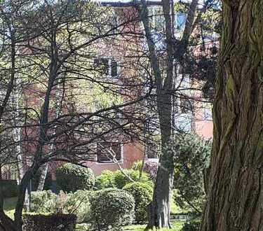 ENDLICH Mieterfrei--ZAUBERHAFTE 2 Zimmerwohnung- 55qm-mitten im Grünen gelegen-sehr ruhig