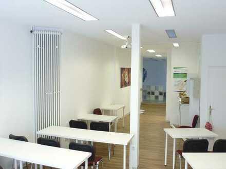 Schulungsraum mit Nebenräumen, möbliert, in Lingen/Ems