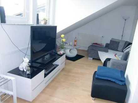 voll-möblierte 3-Zimmer-Wohnung in Leonberg