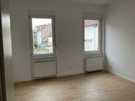 Erstbezug nach Sanierung: stilvolle 3-Zimmer-Altbau-Wohnung in Speyer