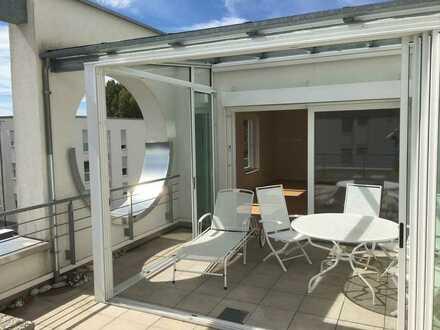 Exklusive altersgerechte Penthouse-Wohnung mit Wintergarten in Bad Schönborn nahe Thermalbad