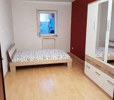 Aparte und gemütliche 2 ZKB-Wohnung in ruhiger Lage in Gräfinau-Angstedt !