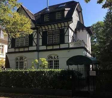 Bad Godesberg - Villenviertel, sanierte Büroflächen nur wenige Fußminuten vom Bahnhof und Rhein