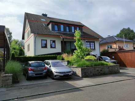 Geräumige Eigentumswohnung mit großem Balkon in ruhiger Ortsrandlage von Hachenburg!